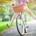 Un zir in bicicleta