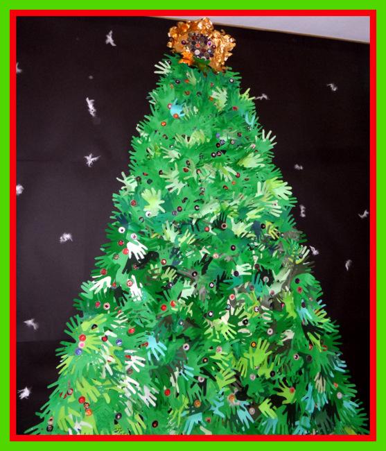 Albero di natale fai da te - Decorazioni natalizie finestre scuola ...