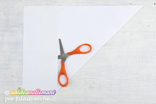 foglio-di-carta-piegato