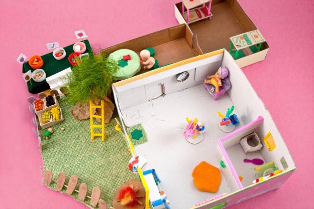 Come fare una casa delle bambole fai da te in miniatura for Oggetti x la casa fai da te