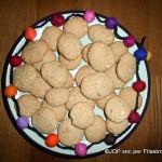 Biscotti di avena, nocciole e cannella