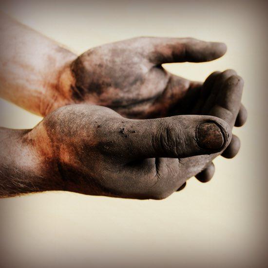 mani dell'operaio