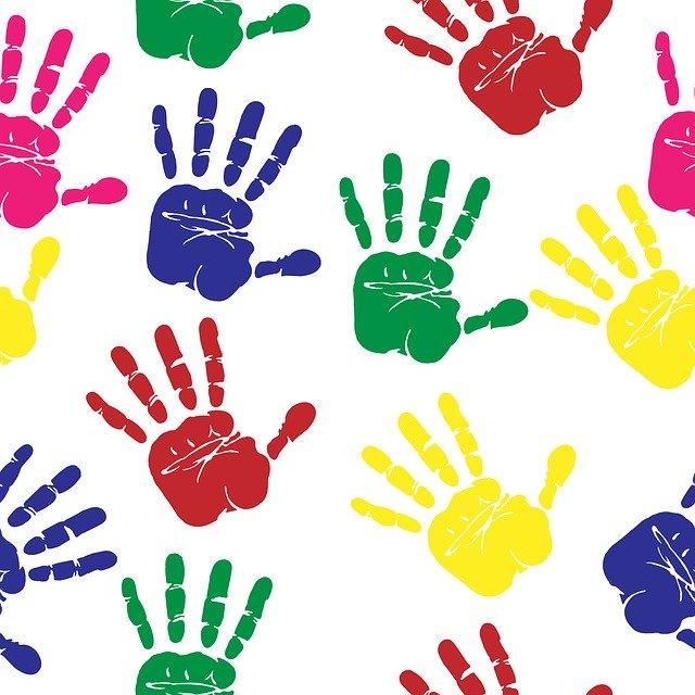 Filastrocca divertente delle mani