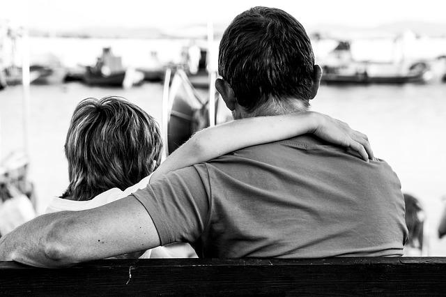 Papà la tua mano mi sostiene