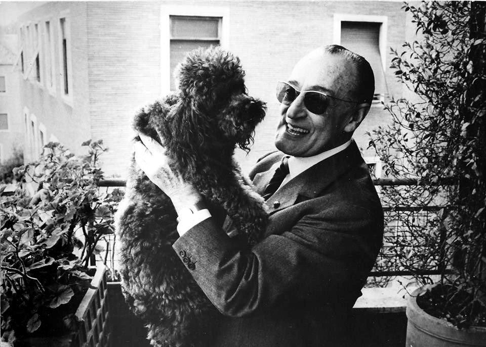 Toto con il suo cane Dick